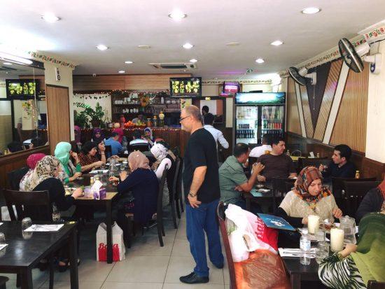 مطعم اكلات بغداد في كوالالمبور ماليزيا (7)